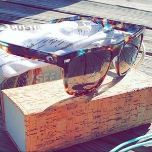 ☀️Women's Costa Sunglasses NWOT